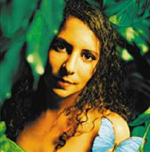 Raphaelle Eva