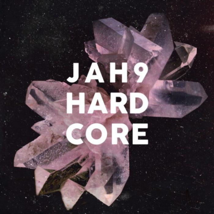 Jah9 remixe 'Hardcore' avec Chronixx