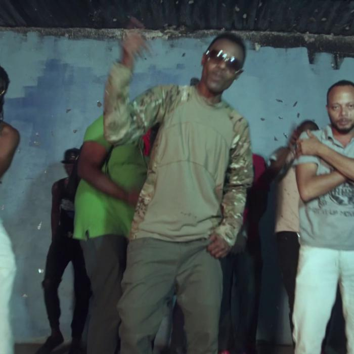 Wayne Wonder : 'Calamity' le clip ft. Surpriz