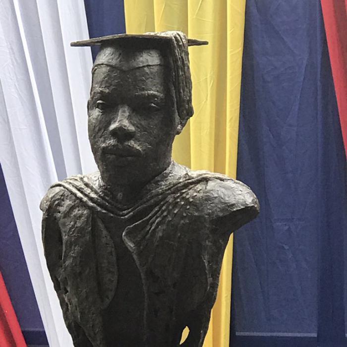 Le buste de Garvey remplacé à l'Université de Kingston