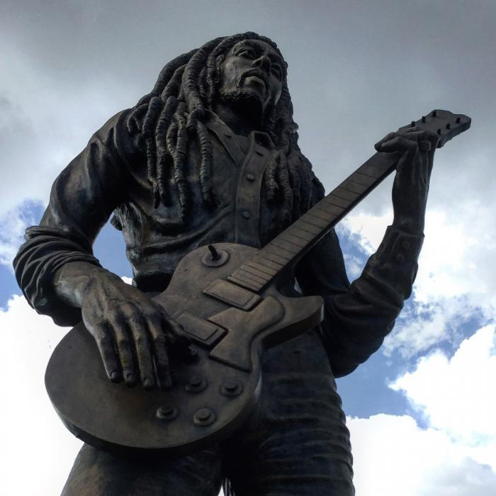 Une statue Bob Marley au Zimbabwe