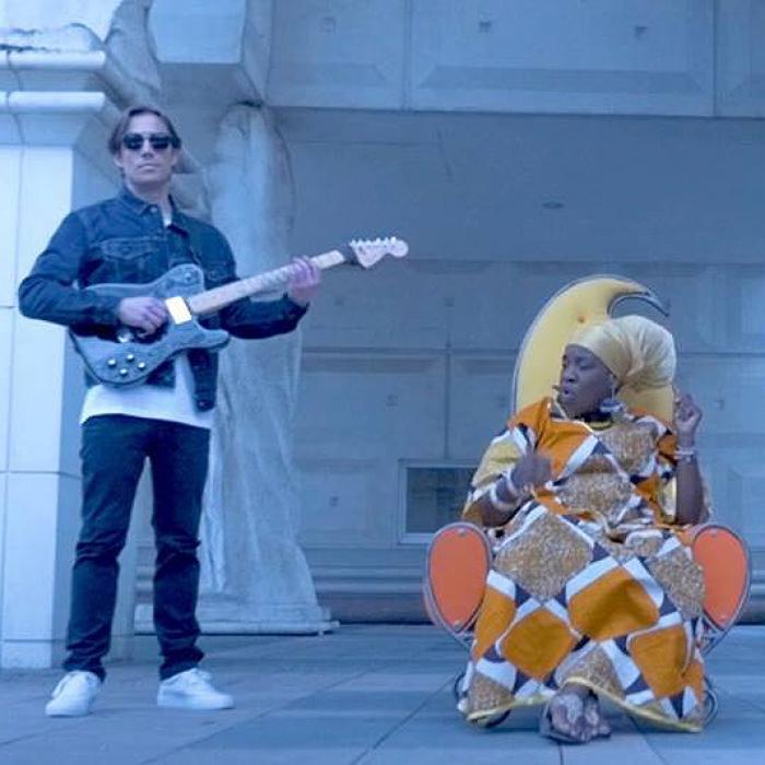 Queen Omega & Thomas Broussard : 'Joy' le clip