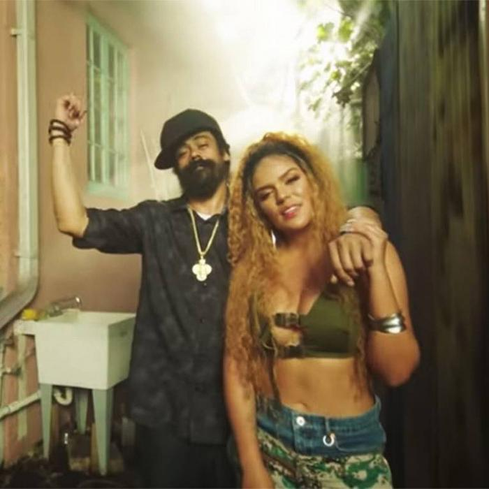 Damian Marley & Karol G : 'Love With a Quality' le clip