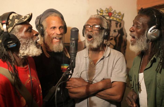 The Congos & Pura Vida : 'Teach Dem' le clip