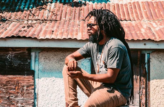 Micah Shemaiah : 'Backyard Sensi'