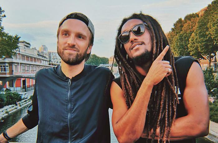 Bazil en feat avec un artiste mauricien
