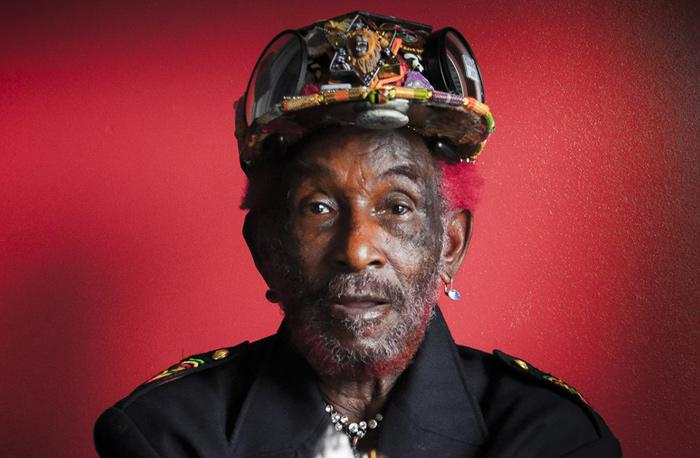 Lee Scratch Perry : 'Full Moon, Plant a Tree' le clip