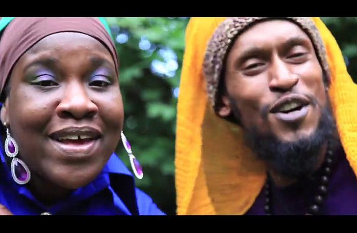 Ashaman & Queen Omega : 'For the Children' le clip