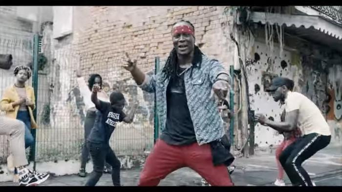 Admiralt T ft. Sakitaw 'Joli Kongo' le clip