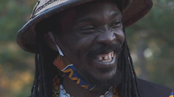Anthony B aime l'Afrique et le chante