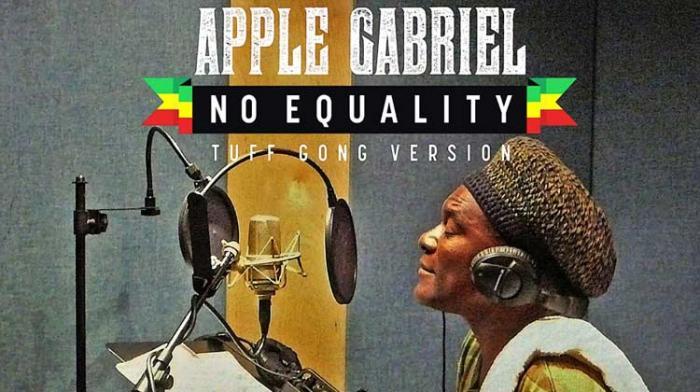 Hommage à Apple Gabriel
