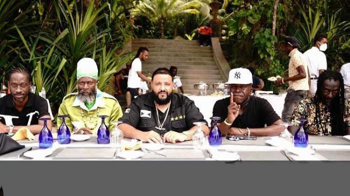 Buju, Bounty, Capleton, Barrington réunis autour de DJ Khaled