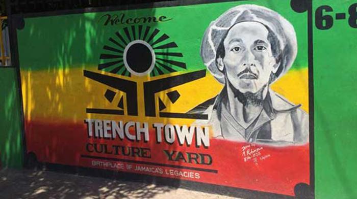 Covid : les guides de Trench Town en souffrance