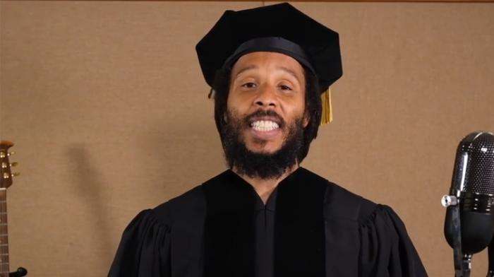 Ziggy Marley diplômé du Medgar Evers College