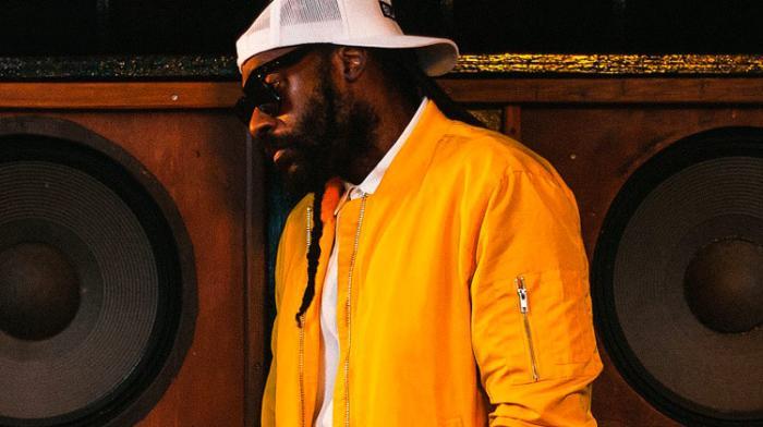 Une cover en mode crooner pour Tarrus Riley