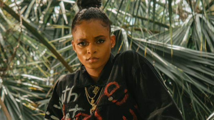 Lila Iké fustige les pédophiles dans 'Batty Rider Shorts'